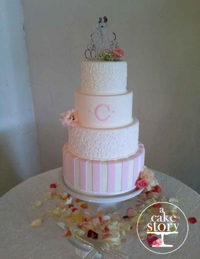 Sea Trader, St. Helena Bay wedding, pink and white cake