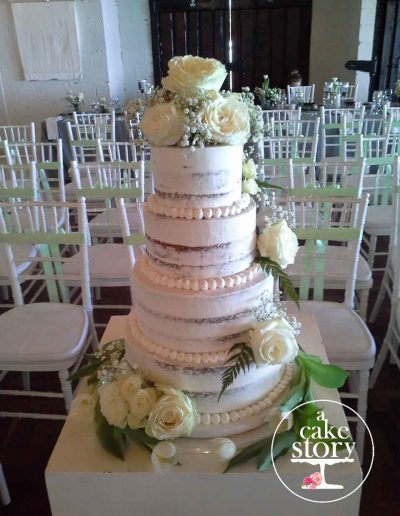 Sea Trader, St. Helena Bay wedding, four tier carrot cake