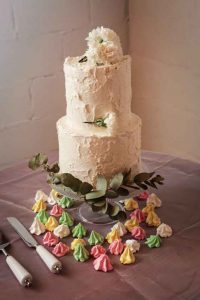 Sea Trader, St. Helena Bay wedding, buttercream cake
