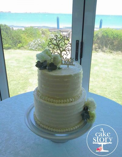 Blue Bay Lodge, Saldanha Bay wedding, buttercream cake